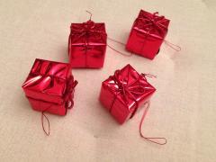 "Игрушки ""подарочки"" на ёлку красного цвета"