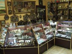 Магазин Презентъ: антиквариат, подарки, часы