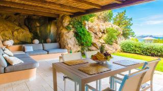 Вилла Нивка в аренду, рядом с Порто Черво, на Сардинии